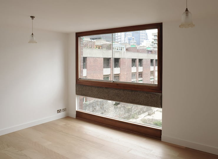 Postern Flat, Barbican:   by DRDH Architects