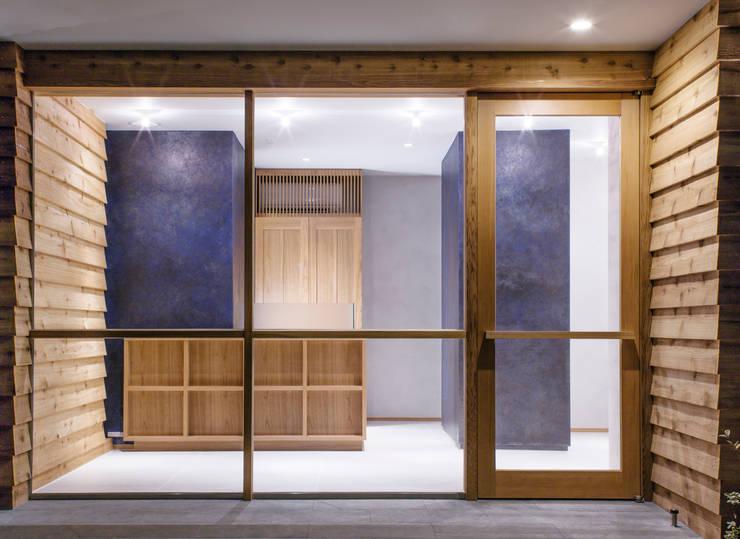 店舗入口: アトリエ FUDOが手掛けたオフィススペース&店です。