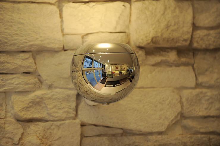 Panel Imitación Pizarra en una pastelería: Oficinas y tiendas de estilo  de PANELPIEDRA