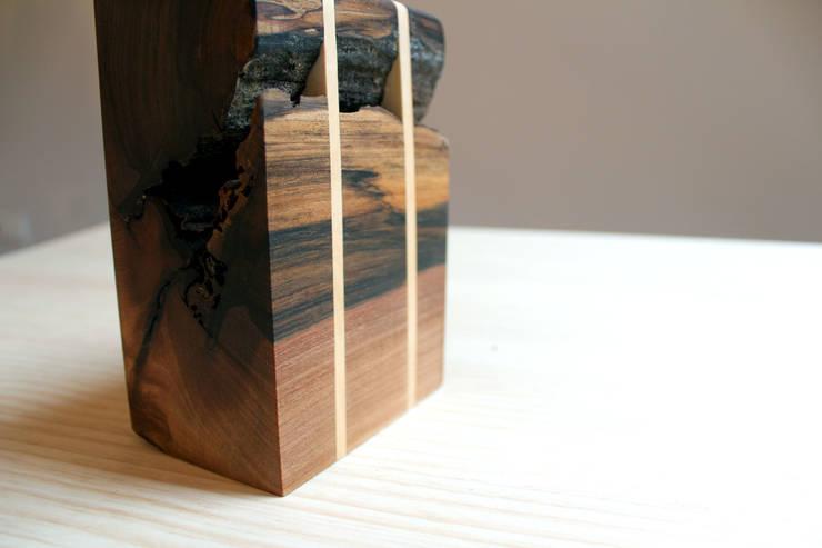 Viariz: Hogar de estilo  de BRZ wood DESIGN