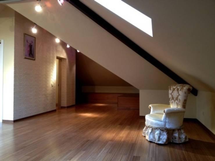 Experiments in art Nouveau style: Salas multimédia  por D O M | Architecture interior