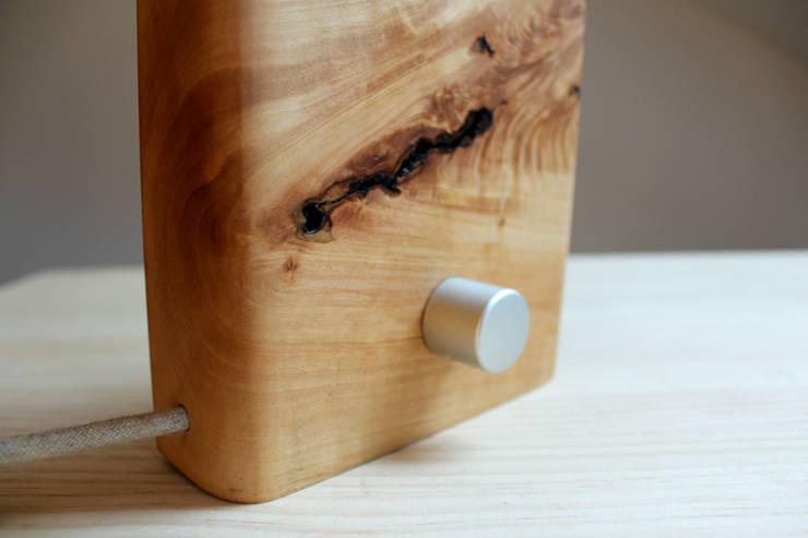 Borrenes: Hogar de estilo  de BRZ wood DESIGN