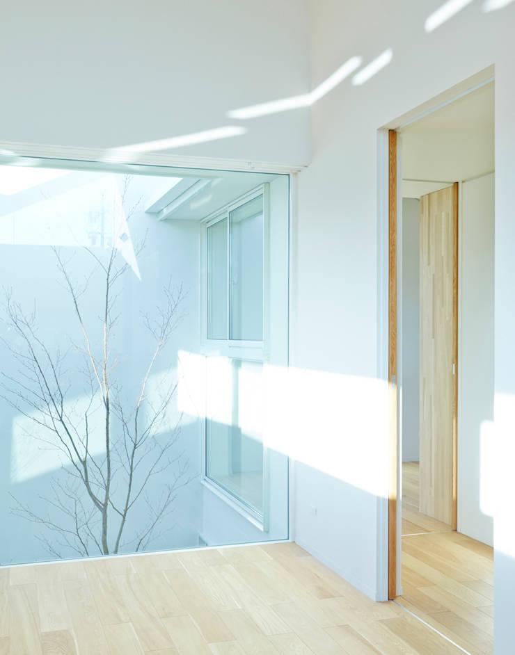 丘の家: YOKOI TSUTOMU architectsが手掛けたです。