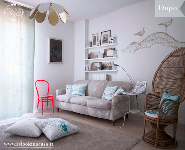 Restyling relooking soggiorno:  in stile  di RelookingCasa