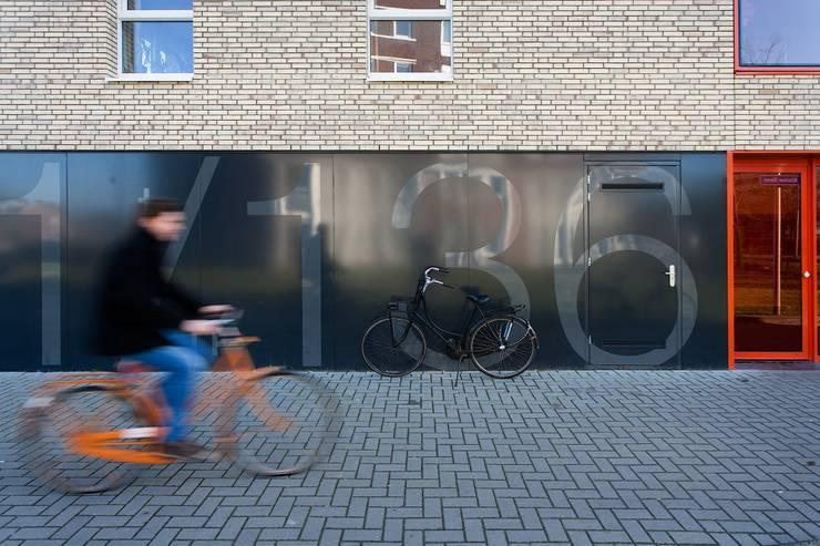 Jongerentoren Planck:  Huizen door zofa architecten