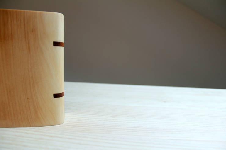 Tedejo: Hogar de estilo  de BRZ wood DESIGN