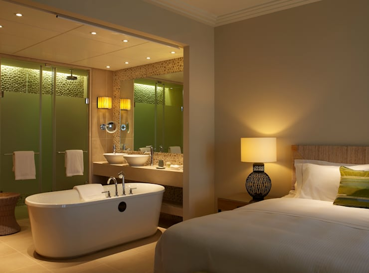 Westin Hotel - Junior Suite Bathroom:  Hotels by MKV Design