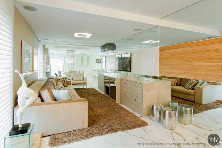 HOME - THEATHER:   por injy Interior Design