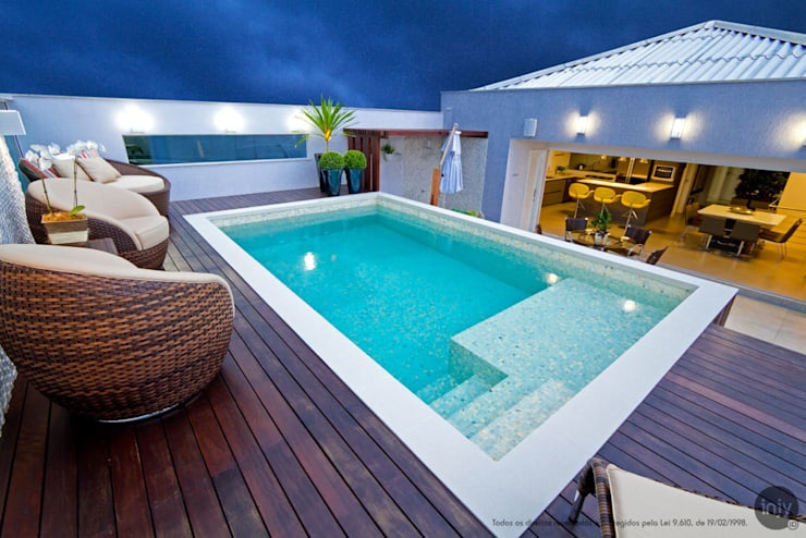 DECK / PISCINA:   por injy Interior Design