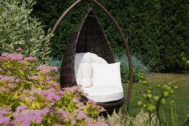 Garden  تنفيذ Sunday Furniture