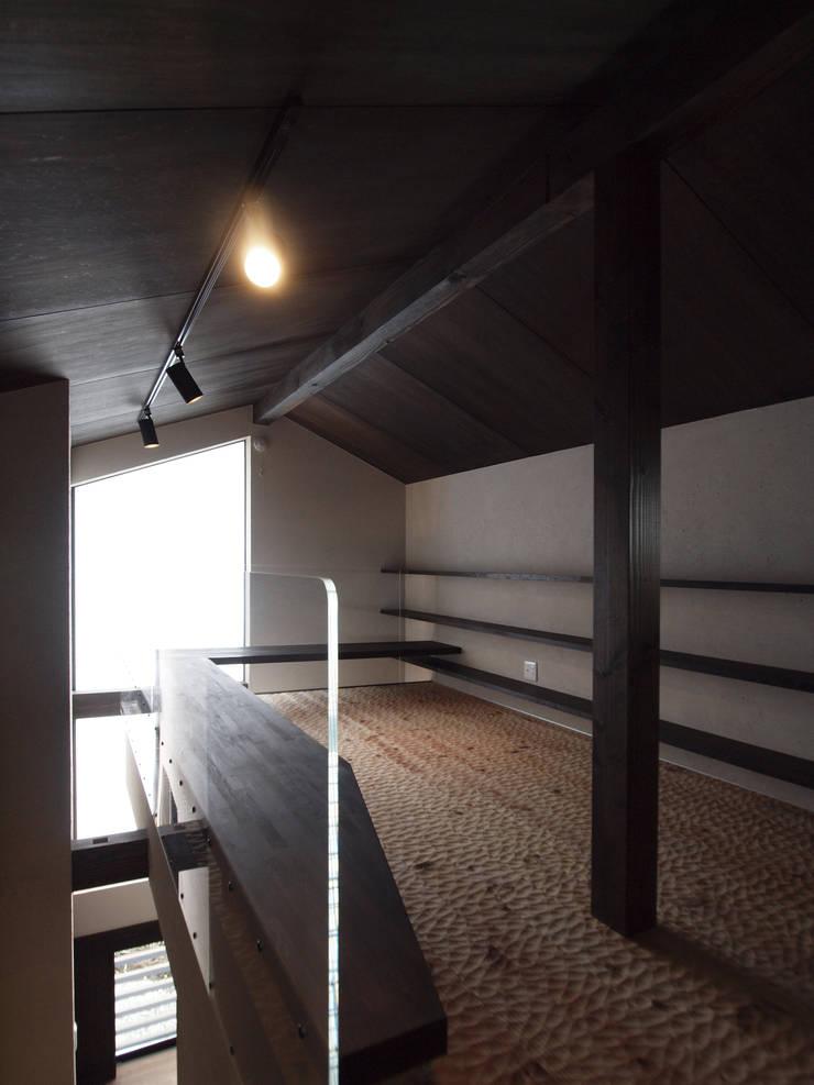 yt house: 建築研究所フォーラムが手掛けた家です。