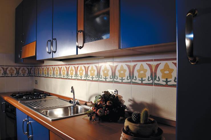 Millennium - BDS 129: Cucina in stile  di fogazza, Classico