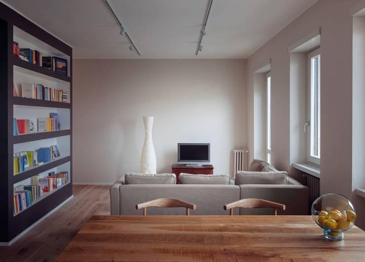 casa DanDa:  in stile  di Marg Studio
