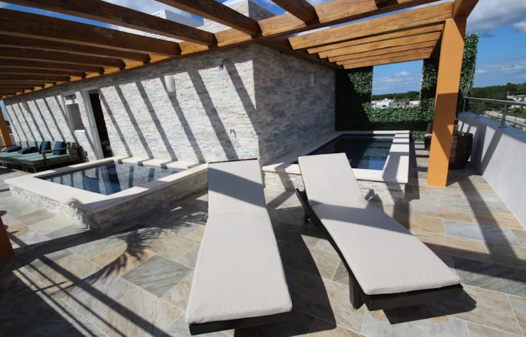 Hotel Azura Tulum: Terrazas de estilo  por axg arquitectos