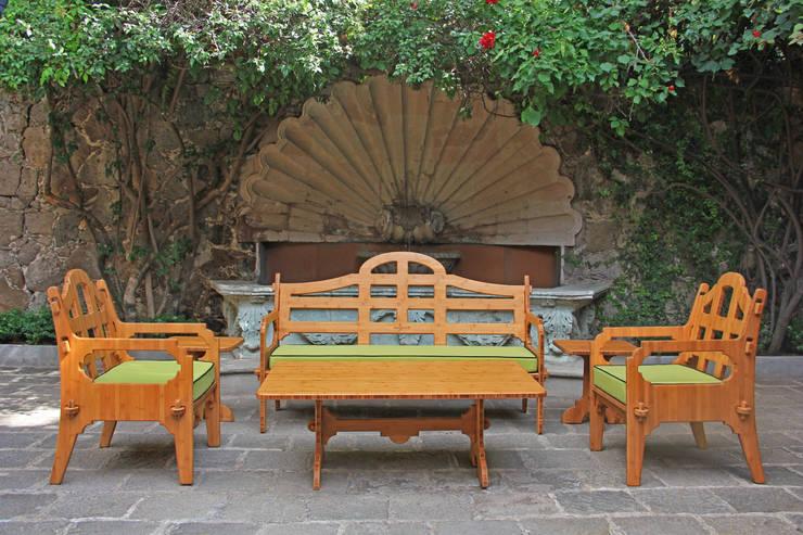 Lounge Set: Jardín de estilo  por Wedgewood Furniture