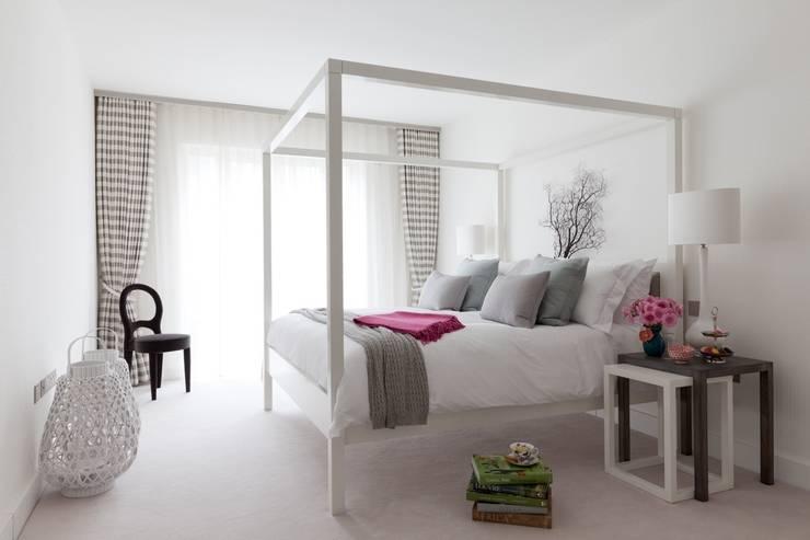 Bedroom 2:   by Taylor Howes Design