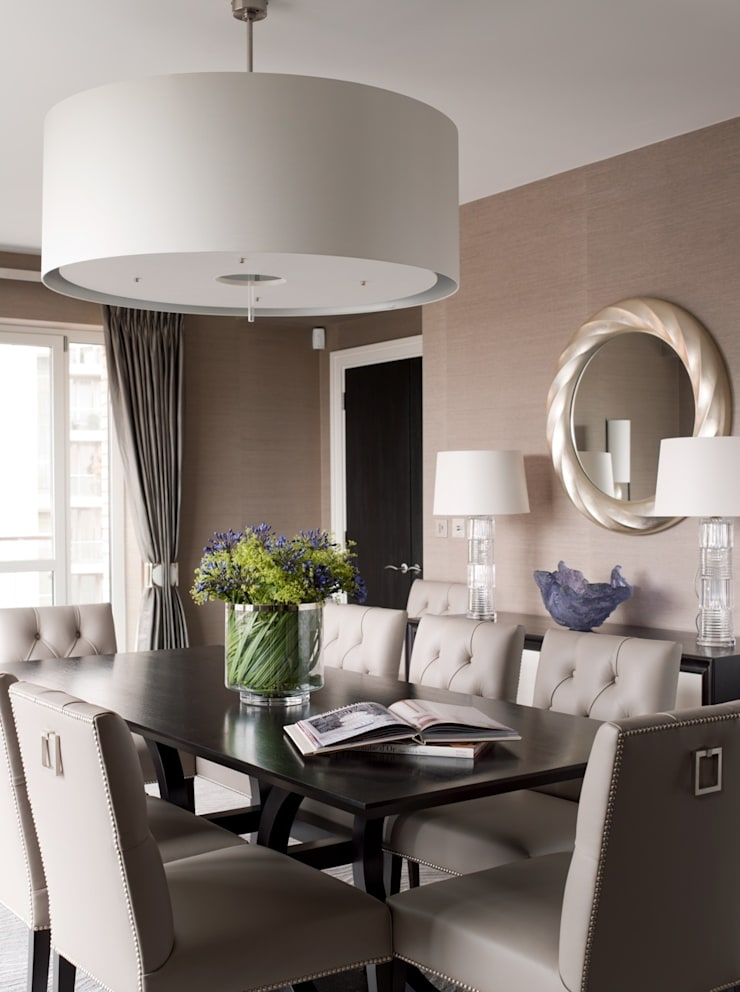Dining Room:   by Taylor Howes Design