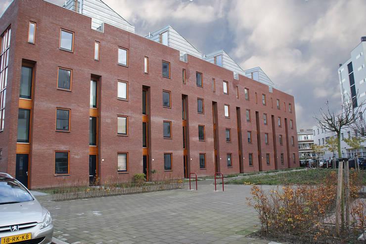 woningbouw Versteegstraat:   door Linea architecten