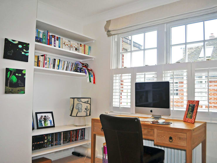 3 Bed detached house in Wimbledon, London:  Study/office by Absolute Project Management