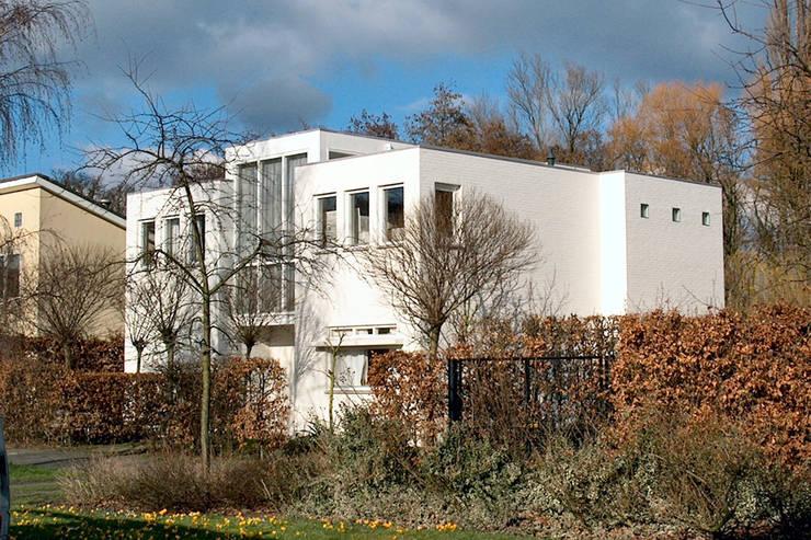 modern Houses by PHOENIX, architectuur en stedebouw