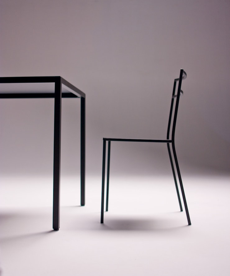 Quadrotta:  in stile  di Emmesystem by Emme Italia, Minimalista