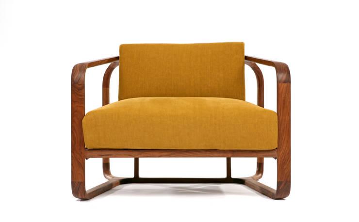 Lounge Chair: KIMKIWON furniture의  거실