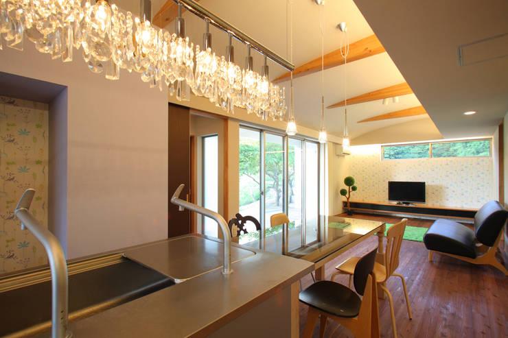 saruの家: atelier5が手掛けたです。,