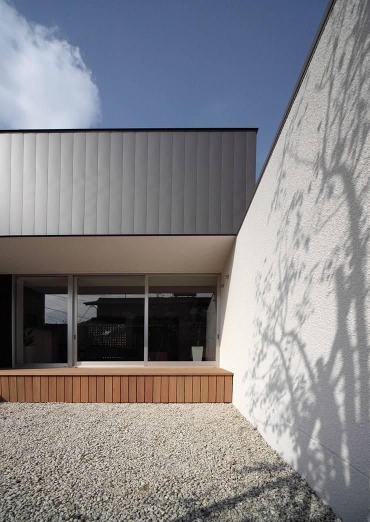 一宮の家: YOKOI TSUTOMU architectsが手掛けたです。