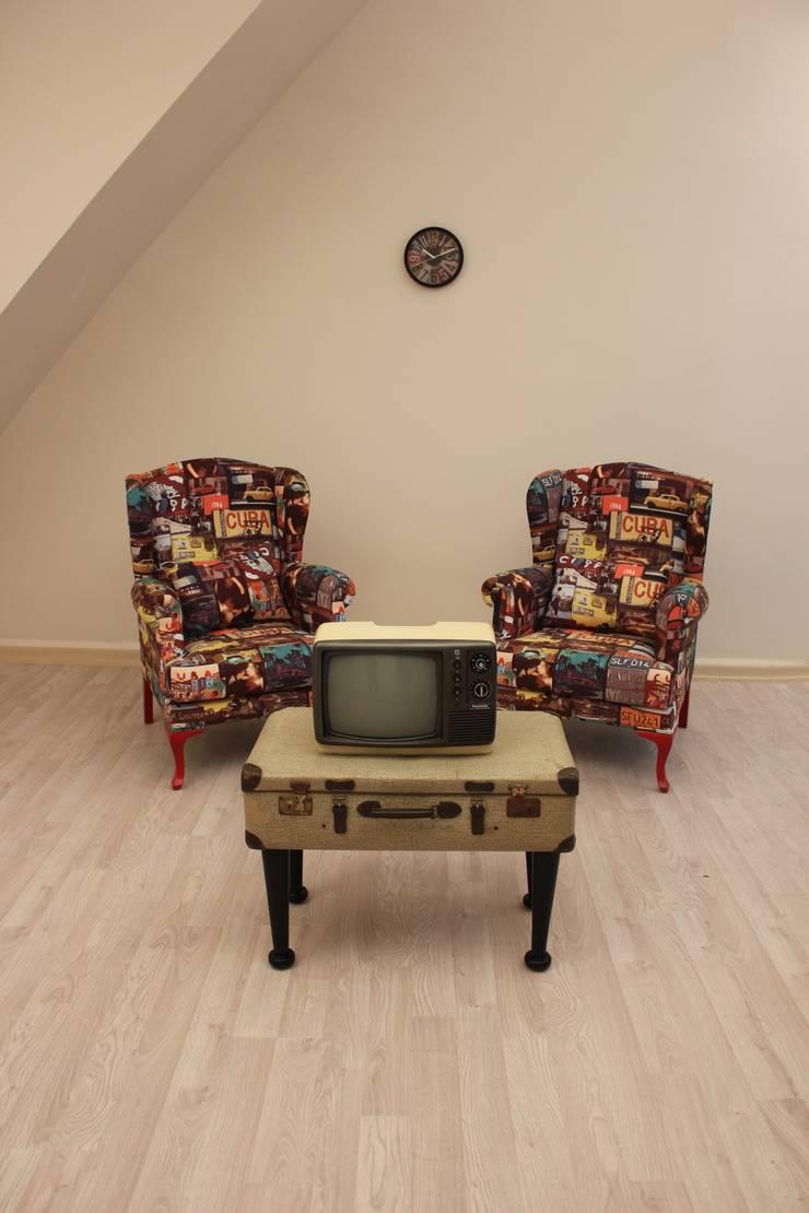 Galleria Gaia – Cubatique: modern tarz Oturma Odası