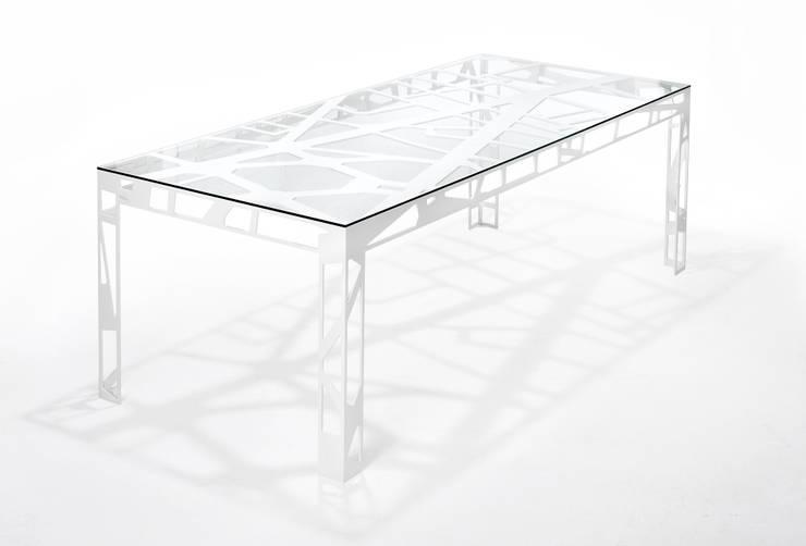 Places Tables: Quartier de l'Opéra, Paris:  Dining room by FELT Architecture and Urban Design