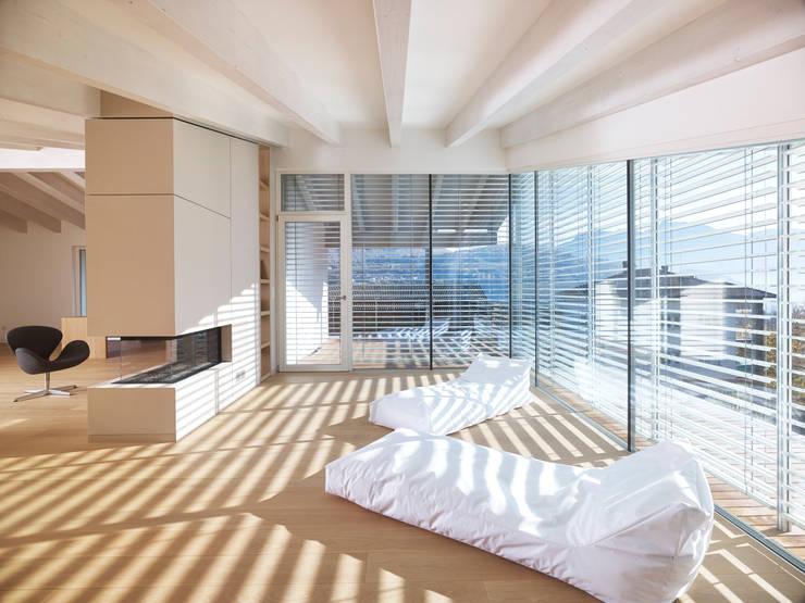 appartamento MP: Spa in stile  di Burnazzi  Feltrin  Architects