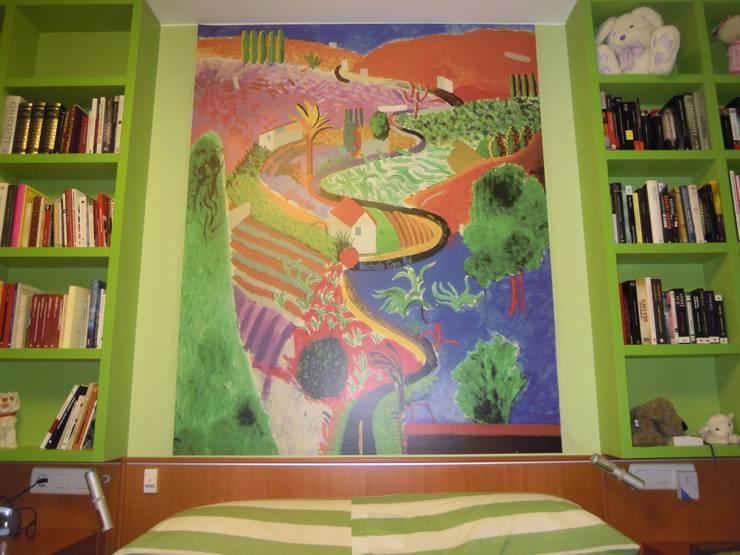 El Pop-Art de Roy Lichtenstein y otras obras: Dormitorios de estilo  de SQ-Decoración