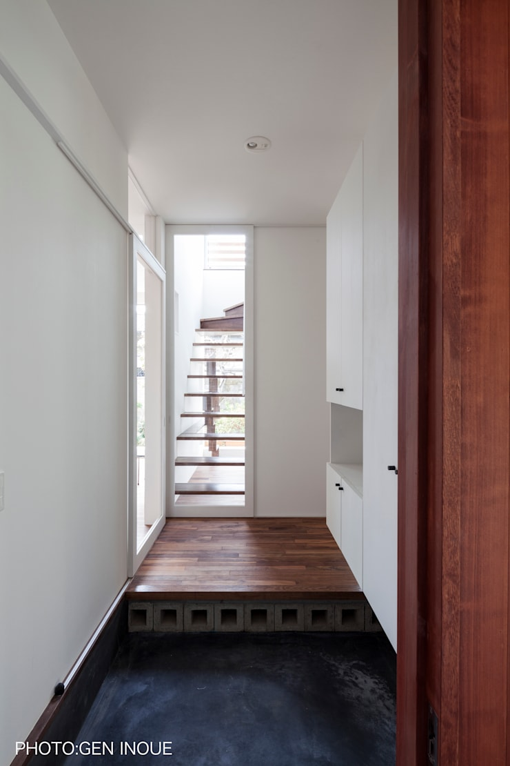 บ้านและที่อยู่อาศัย โดย 石川直子建築設計事務所・アトリエきんぎょばち,