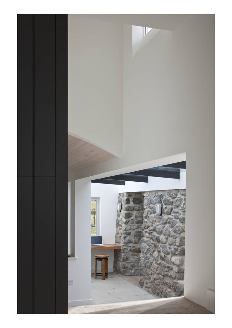 House No. 7:  Walls by Denizen Works