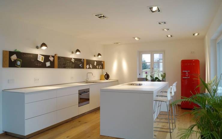 Küche:  Küche von Cactus Architekten