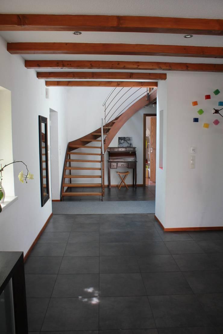 Rénovation – Maison R:  de style  par ATELIER D'ARCHITECTURE SANDRINE ROYER