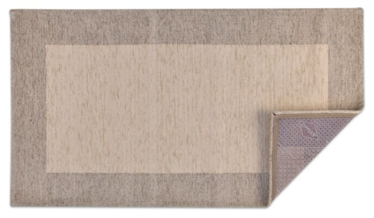 Mirtillo: Soggiorno in stile  di tappeti made in italy