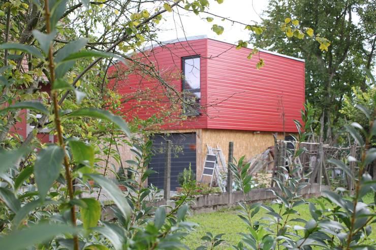 Extension – Maison H:  de style  par ATELIER D'ARCHITECTURE SANDRINE ROYER