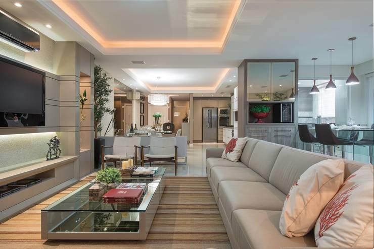Lar de verão para unir a familia: Casas  por Actual Design,