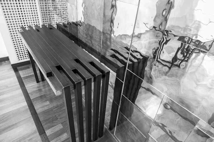 Consolle: Sala da pranzo in stile in stile Eclettico di Federico Celletti
