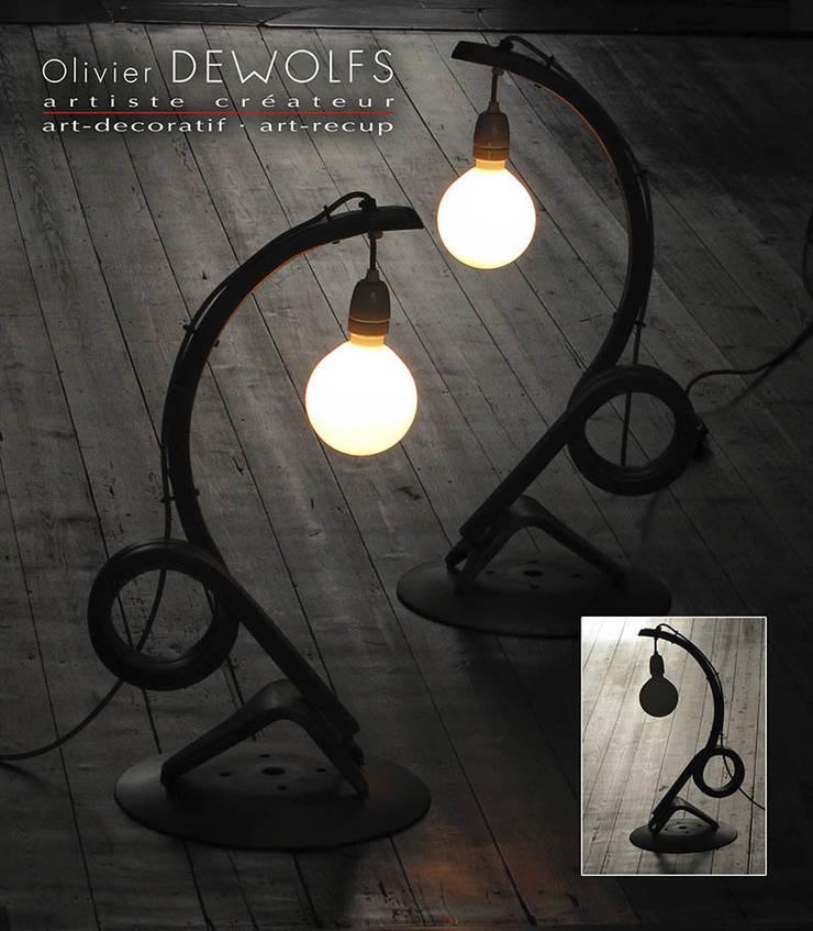 LUM-105:  de style  par Olivier Dewolfs