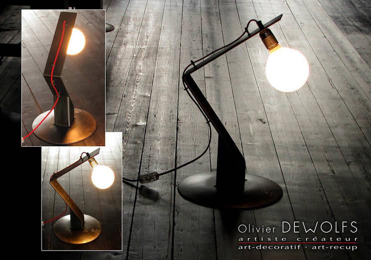 LUM-109:  de style  par Olivier Dewolfs