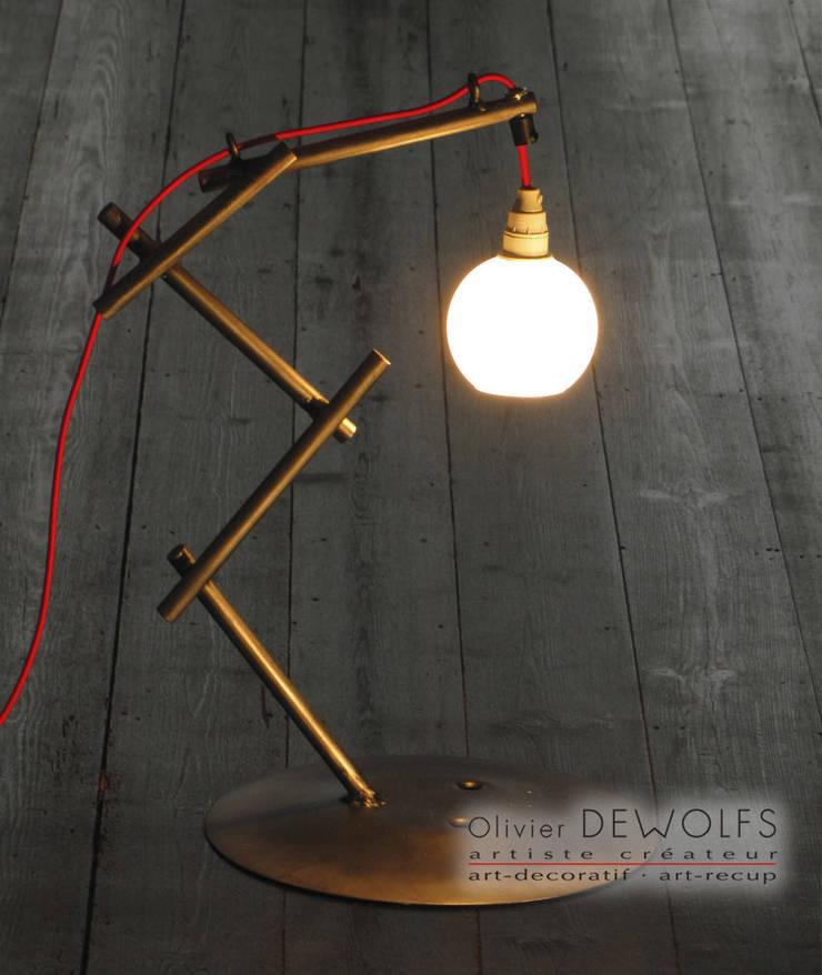 LUM-123:  de style  par Olivier Dewolfs