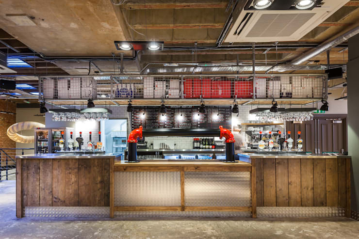 Pure Bar and Kitchen:   by Spencer Swinden