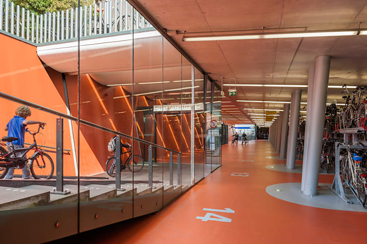 """Rijwielstallingen Station Haarlem: {:asian=>""""Aziatisch"""", :classic=>""""klassiek"""", :colonial=>""""koloniaal"""", :country=>""""land"""", :eclectic=>""""eclectisch"""", :industrial=>""""industrieel"""", :mediterranean=>""""mediterrane"""", :minimalist=>""""minimalistische"""", :modern=>""""modern"""", :rustic=>""""rustiek"""", :scandinavian=>""""Scandinavisch"""", :tropical=>""""tropisch""""}  door wUrck,"""