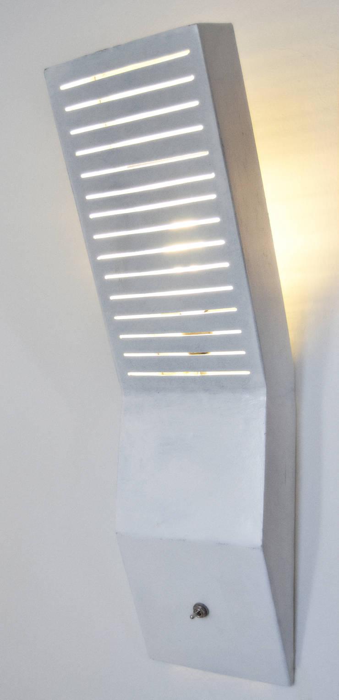 LYNE:  in stile industriale di Elena Valenti Studio Design, Industrial