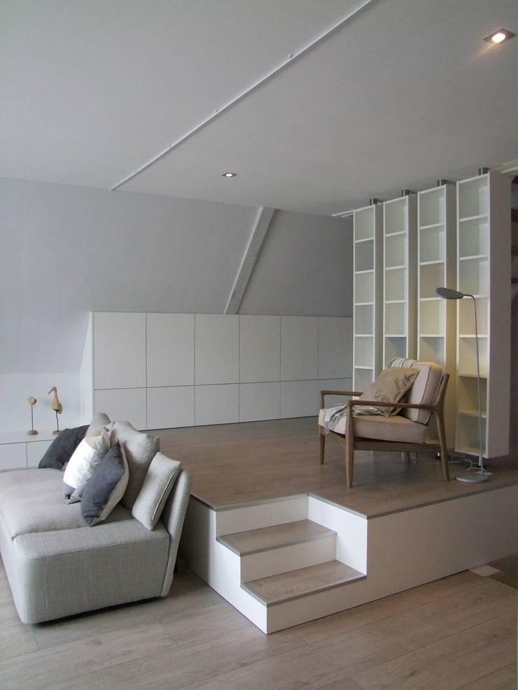 Projet BRU.// Espace détente:  de style  par Design d'Space - Géraldine Lange
