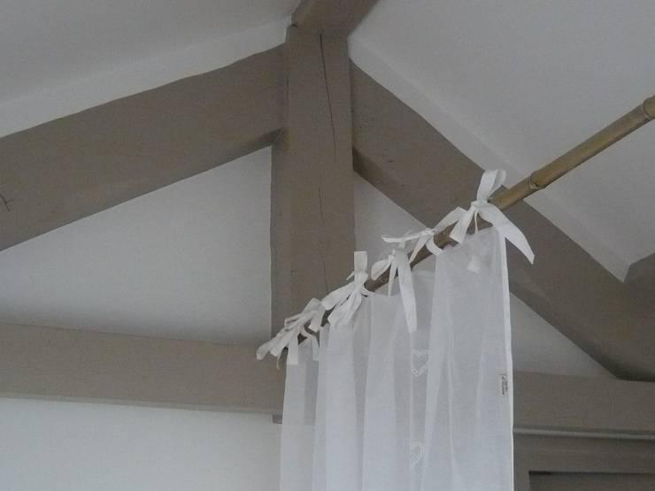 Une structure très légère: Chambre de style  par Vertinea