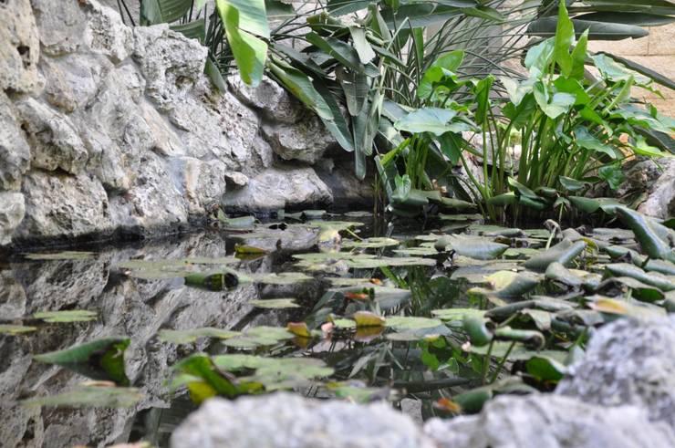 Tranquillità e benessere: Giardino in stile  di  MELLOGIARDINI EXTERIOR DESIGNERS