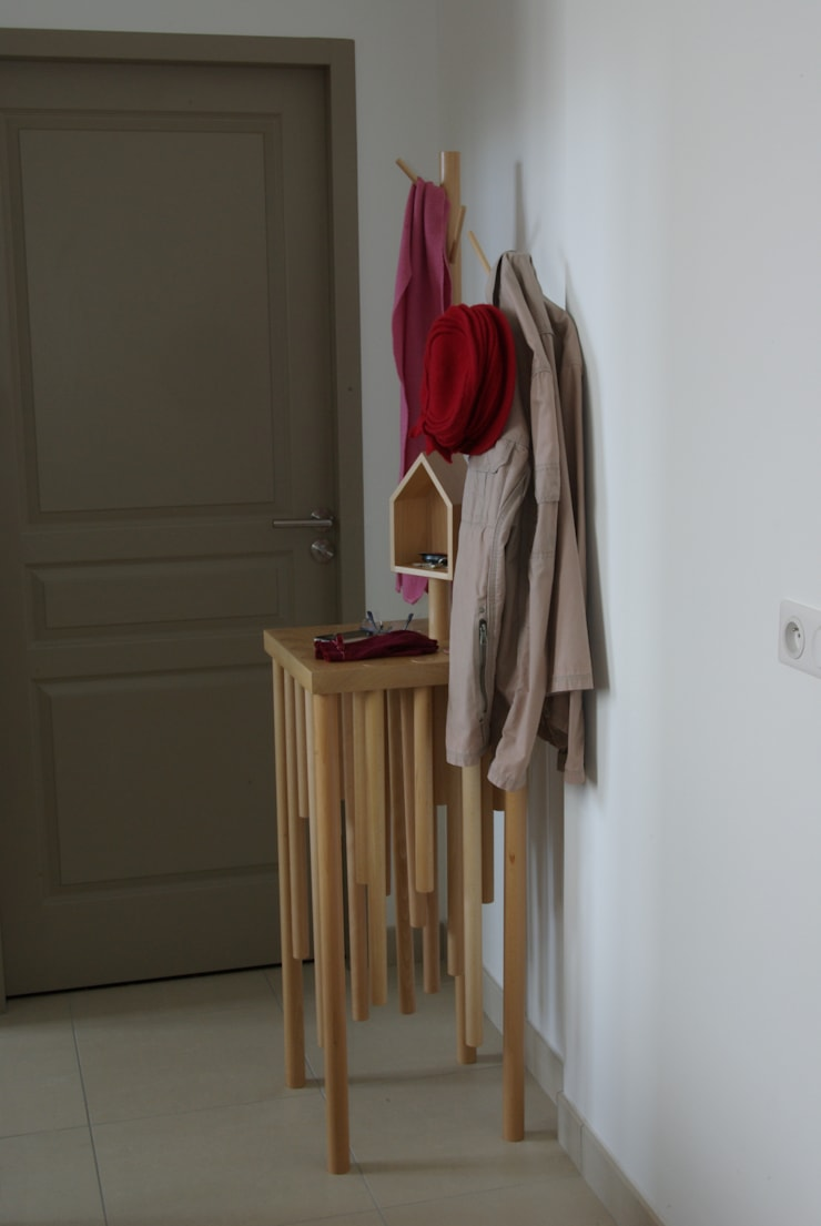 Combinable: Couloir, entrée, escaliers de style  par DAVID S Design